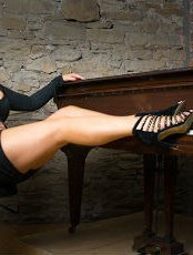 Beauty Fitness Escort Claire In TAMWORTH