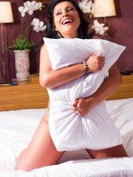 Sexy Brazilian Zaida