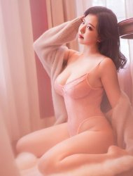 Southampton Honey and Honry Oriental Escort