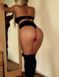 Very Sexy and Horny Elegant Mature Independant