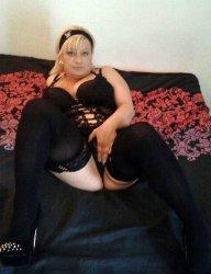 Melisa extra busty curvy hottie