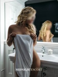 Escorts Reddich - Midnight Escort