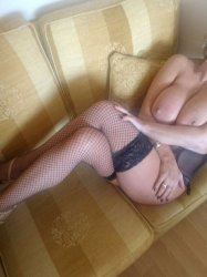 Elizabeth sexy lady in her forties