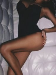 Angelina *Slim Busty Party Babe*