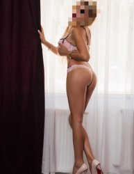x KIM x hot Blonde Outcall only xx