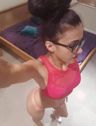 SLIM SEXY GIRL IS HERE 4 YOU